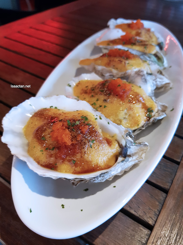 Creamy Baked Oysters - RM25 / 5pcs
