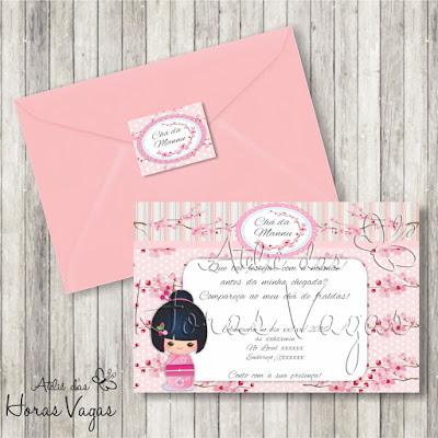 convite aniversário infantil artesanal personalizado chá de fraldas bebê menina Kokeshi boneca flor de cerejeira sakura rosa festa envelope adesivo tag