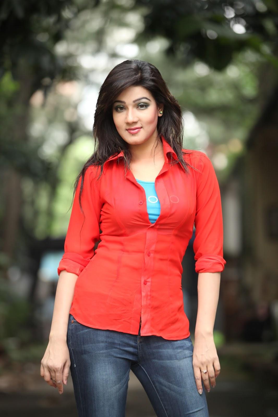 Bangladeshi Hot Actress Mahiya Mahi Full Biography, Movies