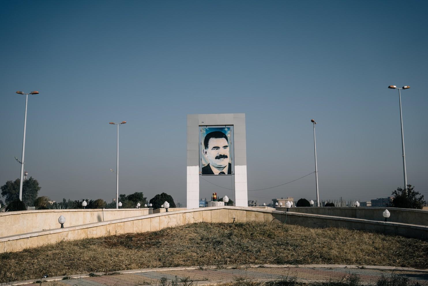 u s military aid is fueling big ambitions for syria s leftist kurdish militia source