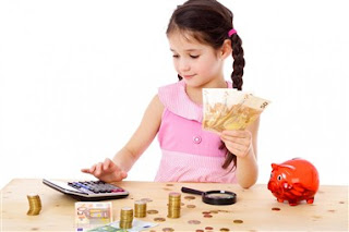 Teaching-kids-about-saving-money