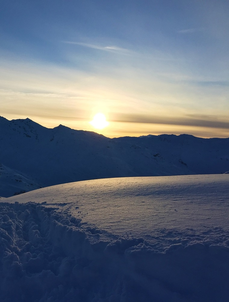 Sunset, skiing at Val Thorens - ski holiday in the French Alps - travel blog