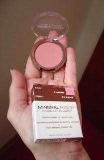 Mineral Fusion Flashy Blush.jpeg
