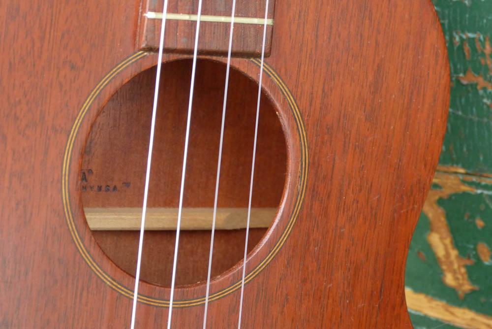 Favilla baritone ukulele