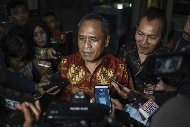 Timpali Setan Gundul Andi Arief, Benny Harman Sebut Genderuwo