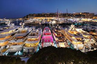 Megayacht in Monaco