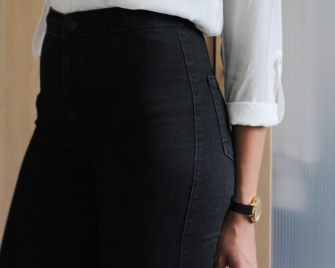 Style   High Waist Jeans