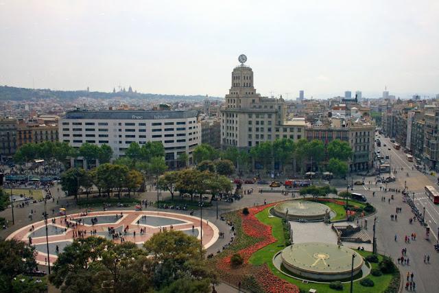 Praças para curtir Barcelona - Plaça de Catalunya