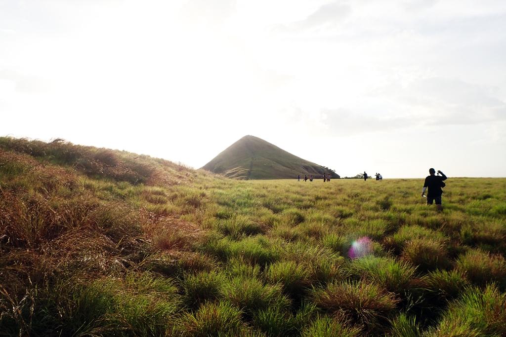 Bukit Savana Pulau Kenawa