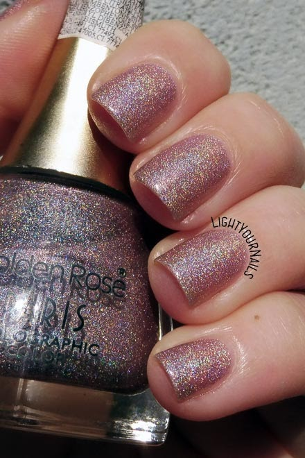 Smalto olografico nude rosa Golden Rose Paris Holographic 112 pink nude holographic nail polish #holographic #pantone2018 #goldenrose #unghie #nails #lightyournails