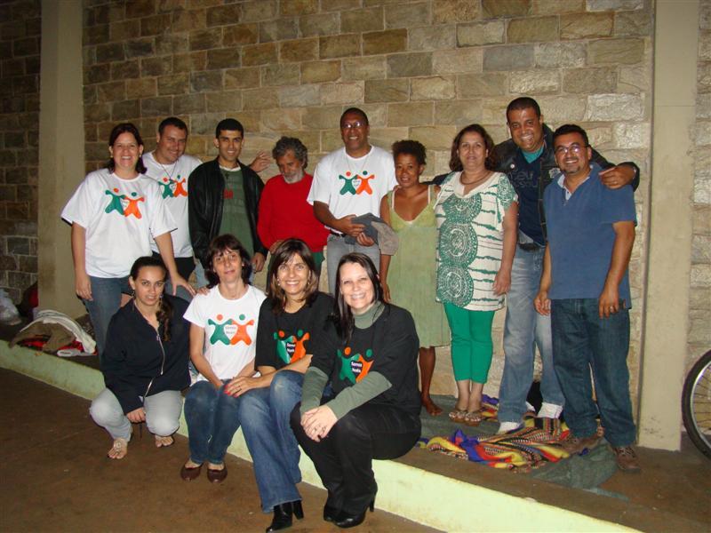Poema Solidario :: Paróquia Sagrada Família