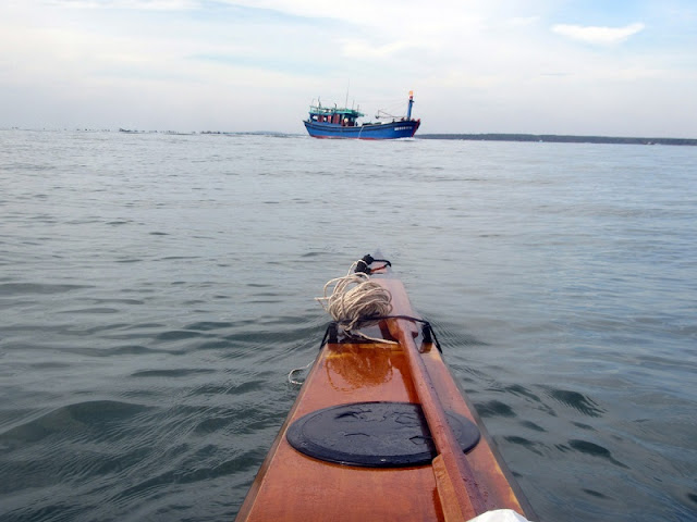 Great places to go kayaking in Vietnam 4