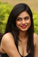 HeyAndhra Actress Zara Latest Glamorous Photos HeyAndhra.com