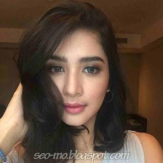Foto Selfie Mikha Tambayong Paling Baru