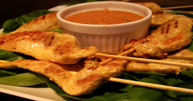 Easy Chicken Satay With Peanut Sauce Recipe