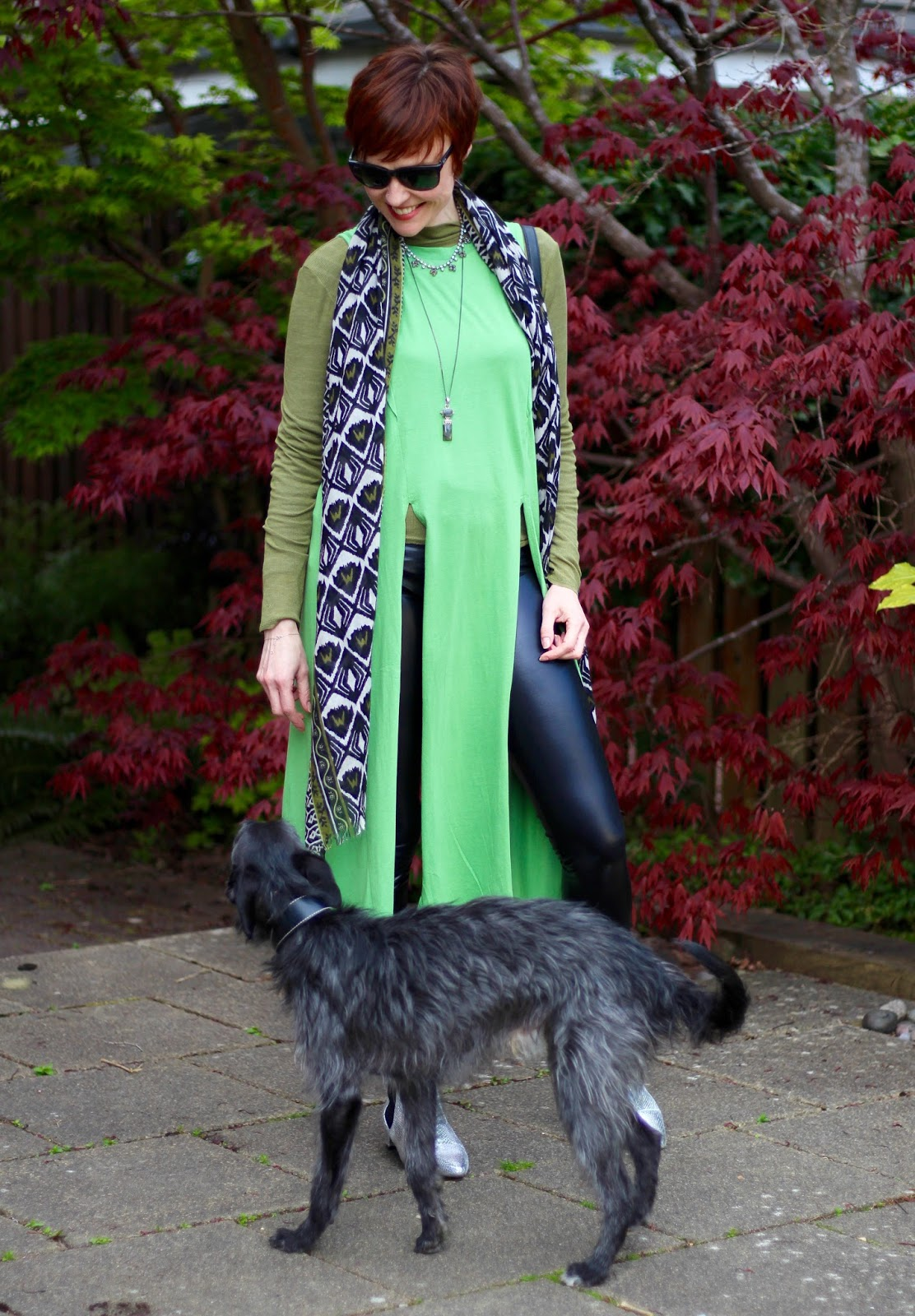 7 ways to be a Villain! | Green Tunic, Vinyl leggings, Silver Boots | Black and Green, over 40.