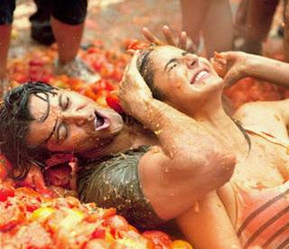Katrina Kaif in Zindagi Na Milegi Dobara sexy photo gallery, Hrithik Roshan's hindi movie song Download