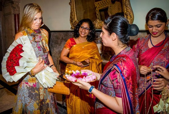 Queen Maxima met with External affairs minister Sushma Swaraj at the building of Ministry of Foreign Affairs. Taj Mahal Palace Hotel. Queen wore Natan dress