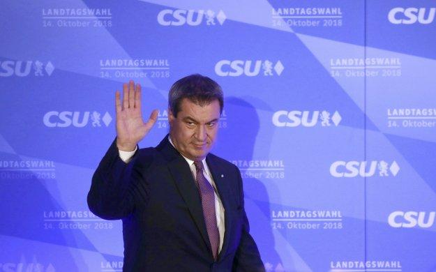 Βαυαρία Exit Poll: Βαριά ήττα για Zέεχοφερ και SPD - Άνοδος για Πράσινους και AfD