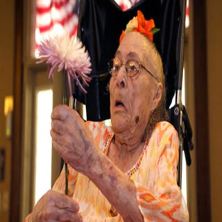 Gertrude Weaver Mujer mas vieja