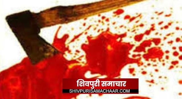 ग्राम सभा में दबंगों का कहर ,पंचायत सचिव को मार दी कुल्हाडी, गंभीर | kolaras News