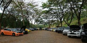 Rayakan Ultah, Revenge Auto Club Susuri Kota Surabaya