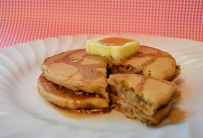 Little mama apple cinnamon pecan pancakes - Better homes and gardens pancake recipe ...