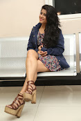 Manisha Thakur latest sizzling photos-thumbnail-9