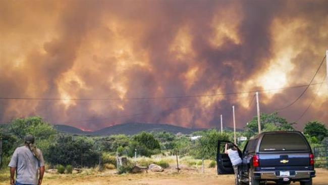 Raging fire forces evacuation of hundreds of people in parts of Arizona