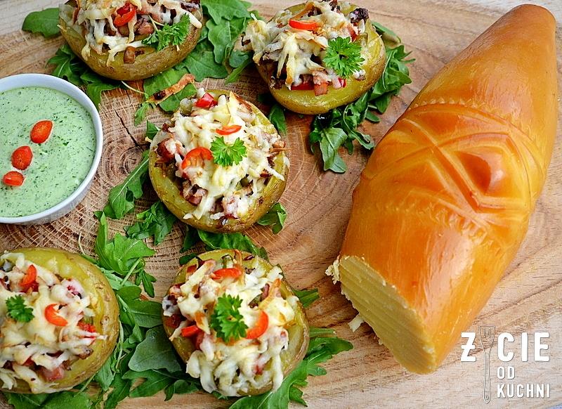 ziemniaki pieczone, ziemniaki faszerowane,malopolskado zjedzenia, przekaska imprezowa, zycie od kuchni