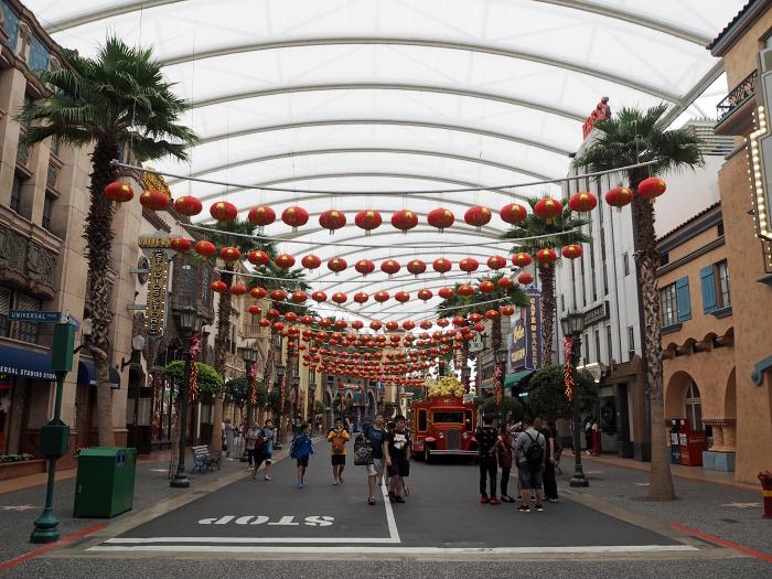 Universal Studios Singapore - Hollywood   joanne-khoo.com
