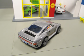 Matchbox rubber tires Porsche 959