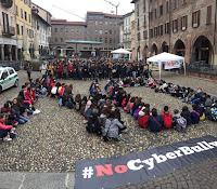 Pavia la manifestazione #NoCyberBully