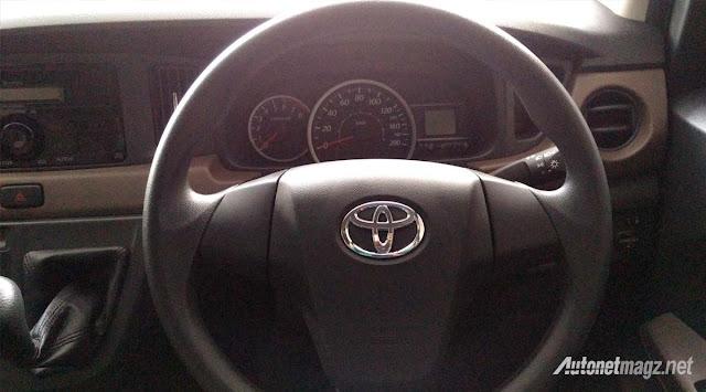 Toyota Calya mini MPV steering wheel in Images -  - Toyota Calya – MPV 7 chỗ giá siêu rẻ sắp ra mắt ở Indonesia