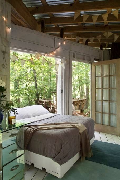 04-Bedroom-Detail-Architecture-with-Airbnb-Tree-House-Accommodation-www-designstack-co