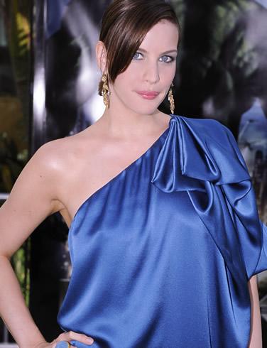 Rani Mukherjee Hd Wallpaper Liv Tyler Actress Wallpapers Fun Hungama