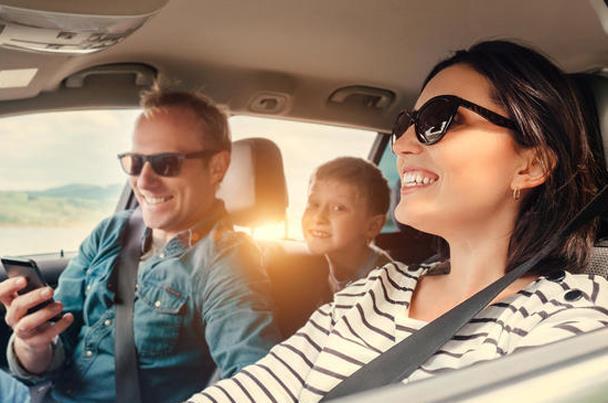 نصائح تجنبك المتاعب أثناء السفر بالسيارة