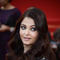 Blooming sparkling Aishwarya rai at cannes 2013