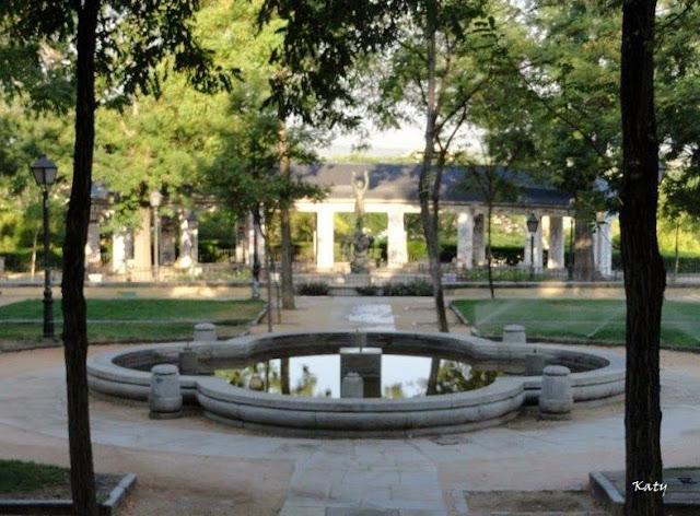 Tocando otros palillos parques y jardines madrile os for Jardines de las vistillas