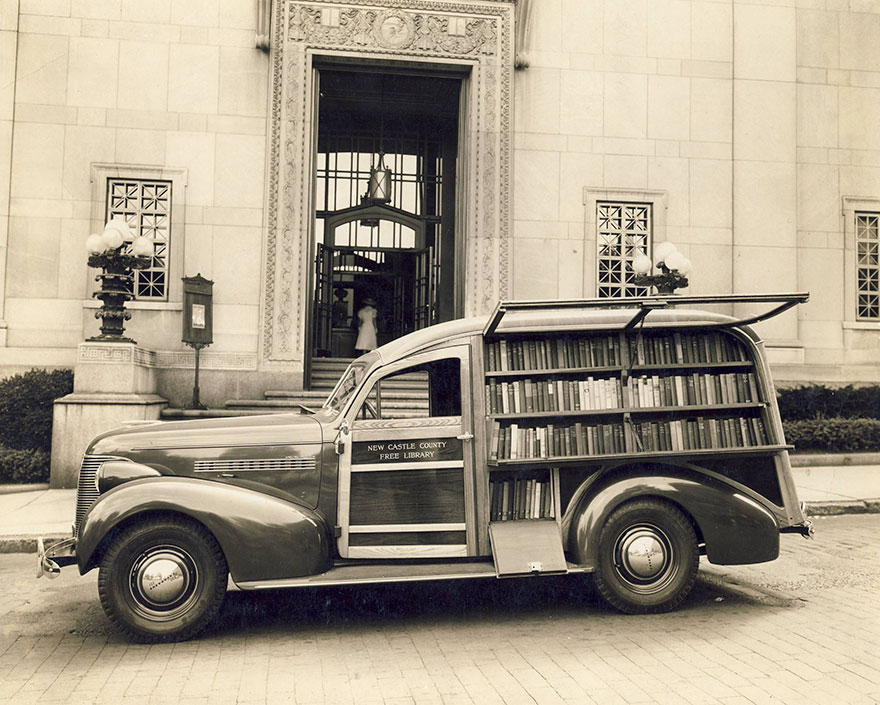 Before Amazon, We Had Bookmobiles 15+ Rare Photos Of Libraries-On-Wheels - A Very Fine Bookmobile Owned By The New Castle County Free Library