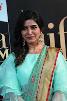Samantha Ruth Prabhu Smiling Beauty in strange Designer Saree at IIFA Utsavam Awards 2017  Day 2  Exclusive 11.JPG