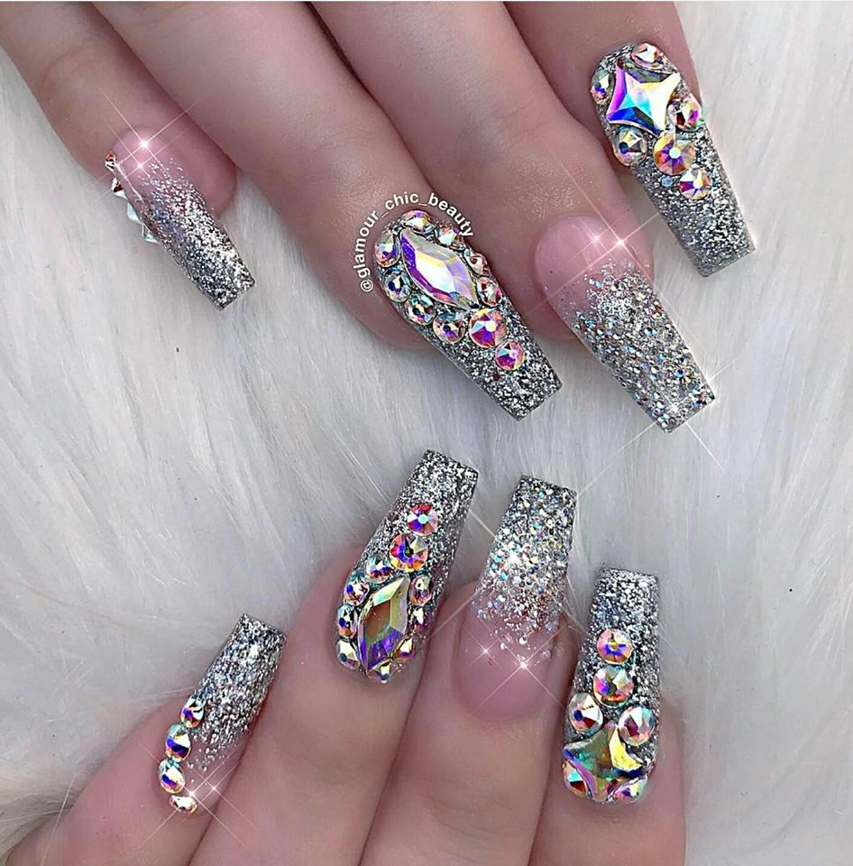 13 Inspirational Glitter Nail Art Designs ~ Black White Nation