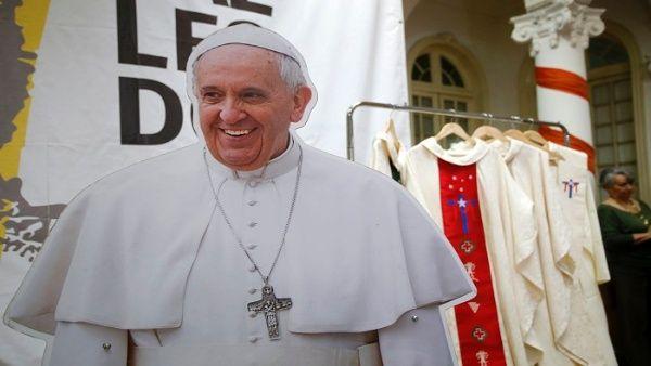 80 % de chilenos rechaza que el Estado financie visita del papa
