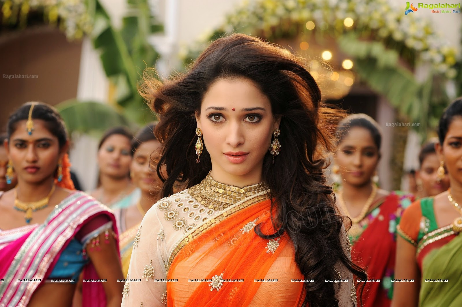 Tamanna In Tadakha Halfsaree: OnLy AcTrEsS: Tamanna Navel Show Half Saree Photos At