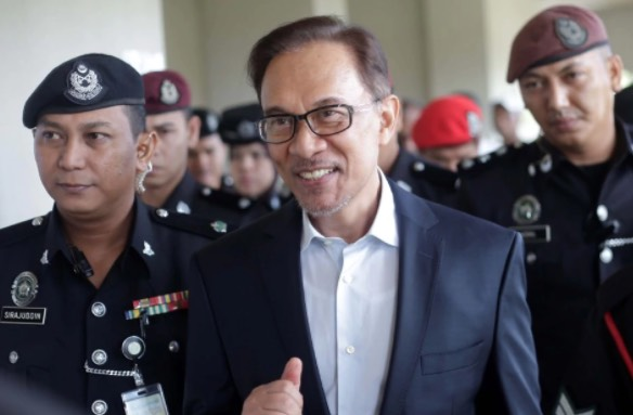 Bekas Banduan Berani Mati Dedah Kelakuan Dan Realiti Kehidupan Sebenar Anwar Ibrahim Dalam Penjara.