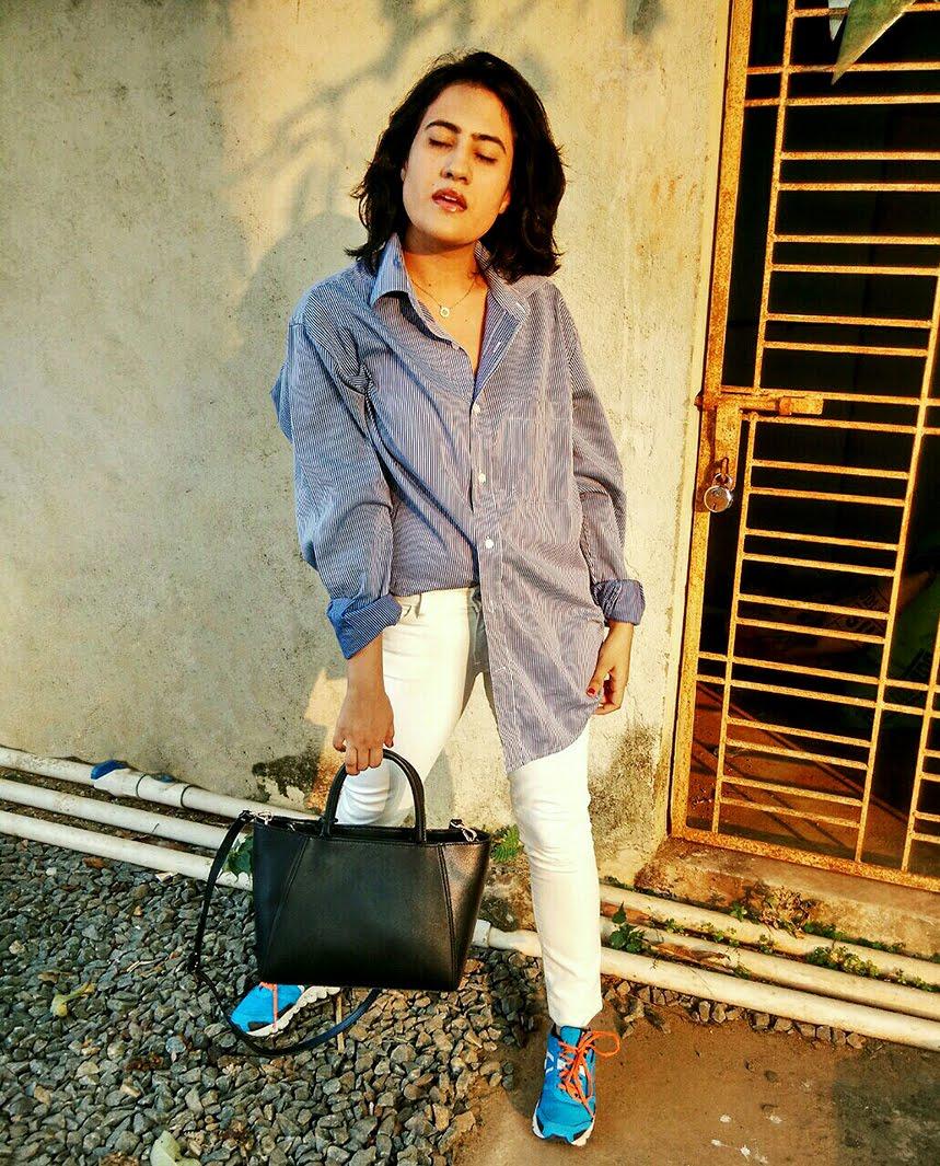 striped blue  white shirt, white denim,sneaker,golden hours