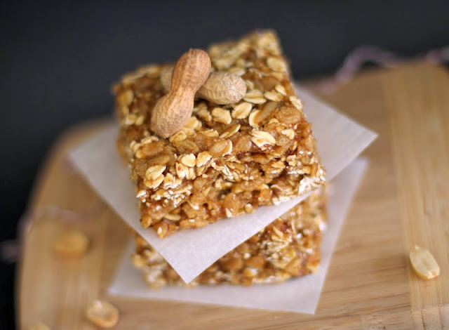 These Healthy No-Bake Peanut Butter Butterscotch Granola Squares are sweet, soft, and chewy, but made refined sugar free, gluten free, and high protein! -- Desserts with Benefits