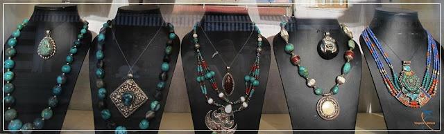 Joias e peças de decoração de Ladakh, Índia