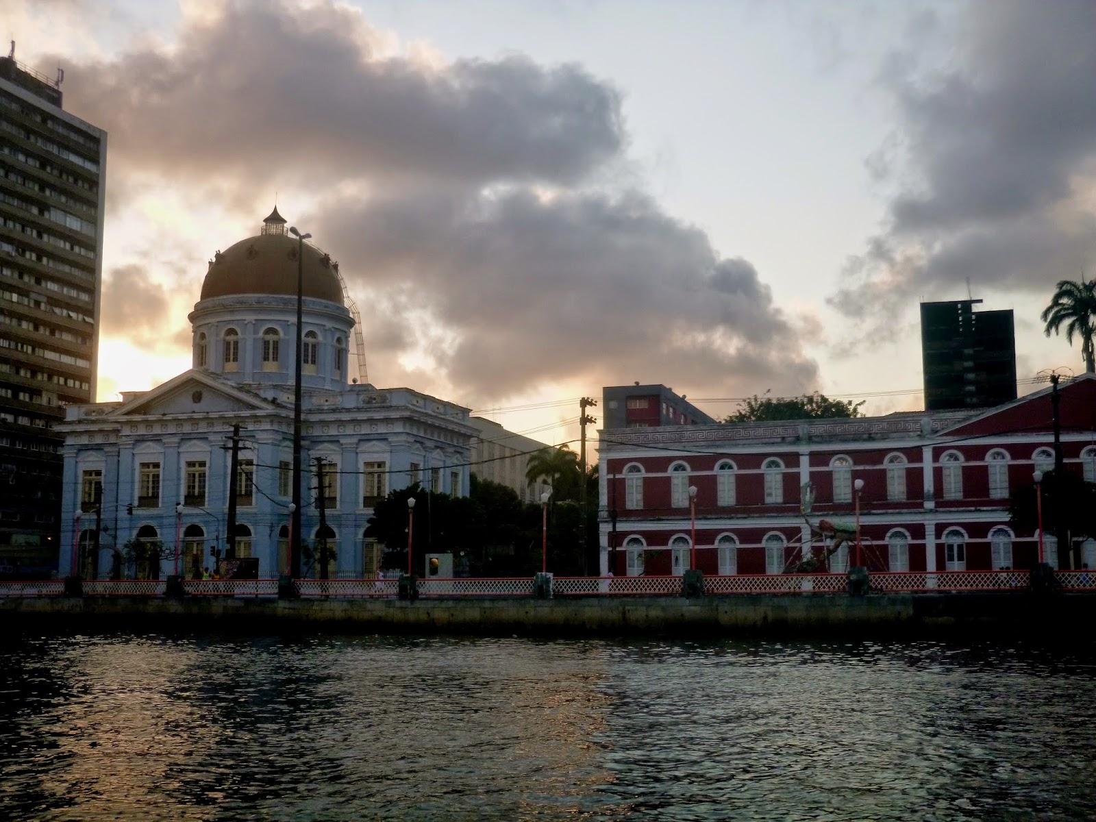 RECIFE; RECIFE; TURISMO; PASSEIO DE BARCO; PASSEIO DE CATAMARÃ; RIO CAPIBARIBE