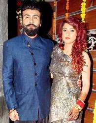 Aarya Babbar Family Wife Son Daughter Father Mother Age Height Biography Profile Wedding Photos